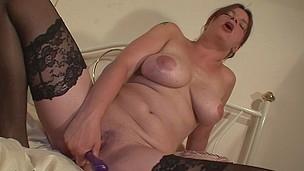 Housewife Kinky