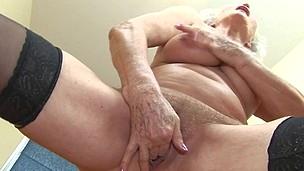 Granny Wet